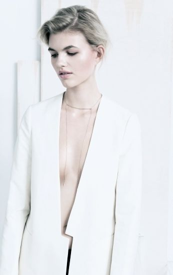 Modern Tailoring - white blazer with angular cut, contemporary fashion details // & Other Stories