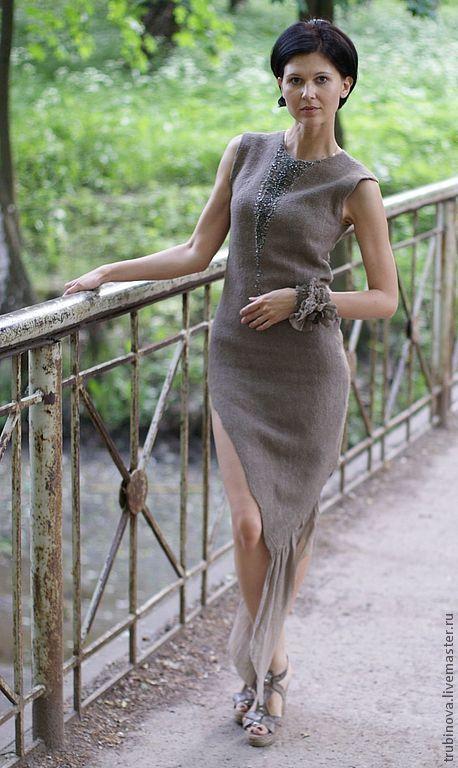"""Купить цельноваляное платье """"Good girl gone Bad"""" - серый, однотонный, платье, авторское платье"""