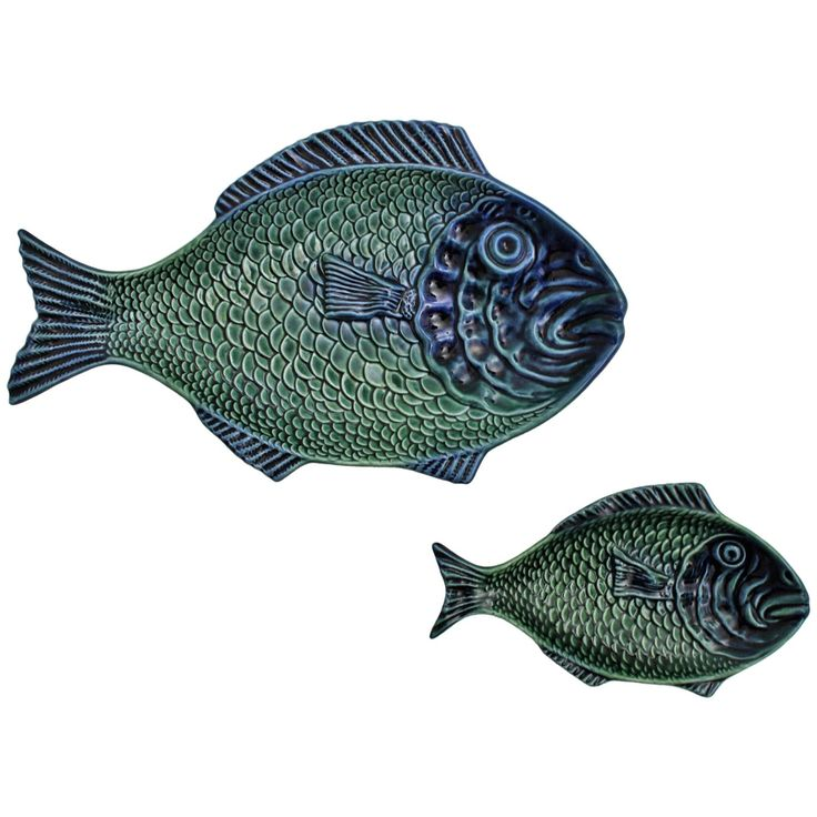 Pair of Blue and Green Majolica Glazed Ceramic Fish Platters, Portugal, 1960s | From a unique collection of antique and modern platters and serveware at https://www.1stdibs.com/furniture/dining-entertaining/platters-serveware/