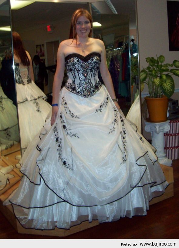 Unique And Unusual Wedding Dresses For Brides 28 Images I Especially Love