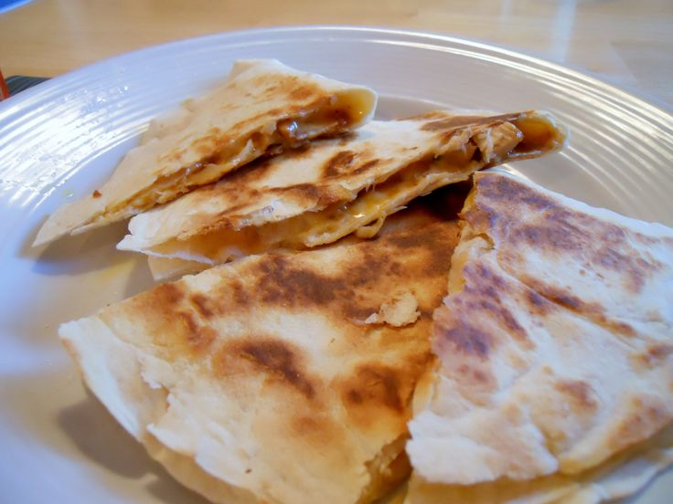 BBQ Chicken and Pineapple Quesadillas | Food = Cluck-A-Licious | Pint ...