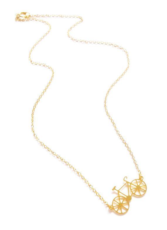Collier, Fahrrad-Schmuck, minimalistischen Halskette, Layering Halskette, Gold Silber Fahrrad, zierliche Halskette, zierliche Fahrrad, Fahrrad-Anhänger Fahrrad  Für alle diese Räder Liebhaber, aber dies nicht nur eine große Fahrrad-Kette ist, inspiriert von einem Tag draußen in der Natur.  Ein lustiges Halsband, das ist das ideale Geschenk für die Weihnachtszeit.  Größe: Gesamtlänge: ca. 42cm-16״ Element ist ca. 1,3 x 2,6 cm - 0,5 - 1 Wenn Sie die Kette kürzer / länger wünschen, bitte Na...