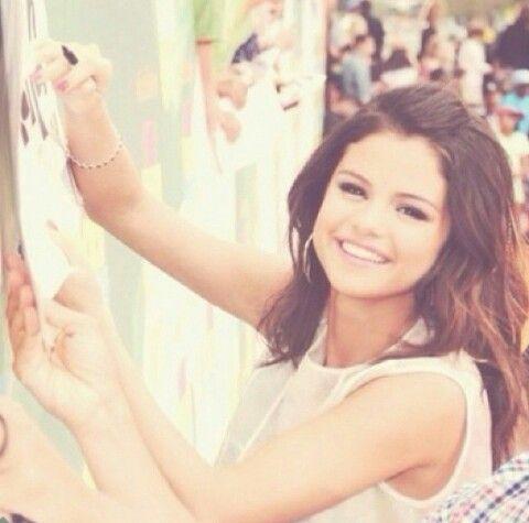 Selena G autograph
