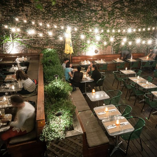 The 25 best outdoor restaurant design ideas on pinterest for Terrace bar and food