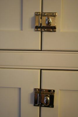 great idea for kitchen cabinets to keep doors closed