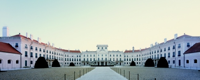 FERTŐD ...Esterházy Palace  http://www.1hungary.com/esterhazy-kastely_kastelymuzeum/I010427/