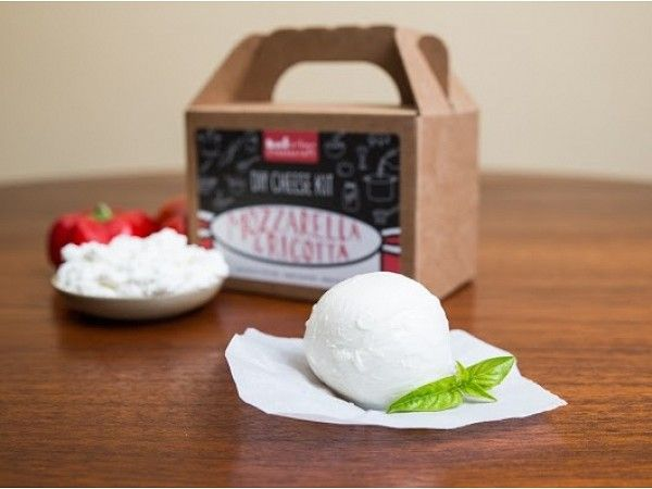 Urban Cheesecraft: Mozzarella
