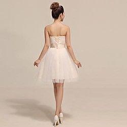 vestido de dama de honra do joelho-comprimento de tule uma linha de vestido sem alças | LightInTheBox