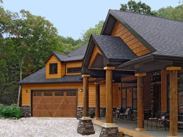Wood Siding Houses Pictures | ... House Siding With Elegant Wood Paneling  For Garage