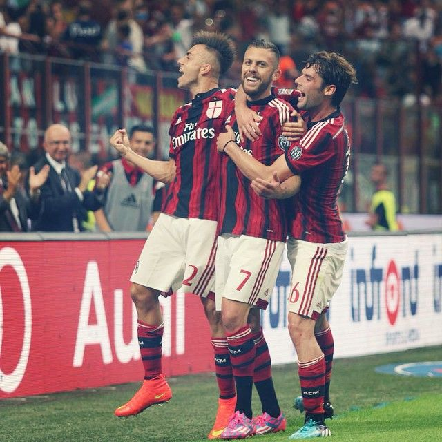 @stewel92 and Poli celebrate Jeremy Menez's 3-0 goal vs Lazio! #weareacmilan