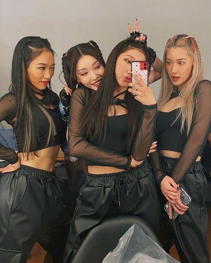 Pin de みしゃ 🎀 em TWICE - FANCY YOU | Myoui mina, K idols