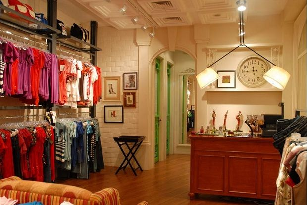 Modern Fashion Boutique Interior Design by HQ - 4