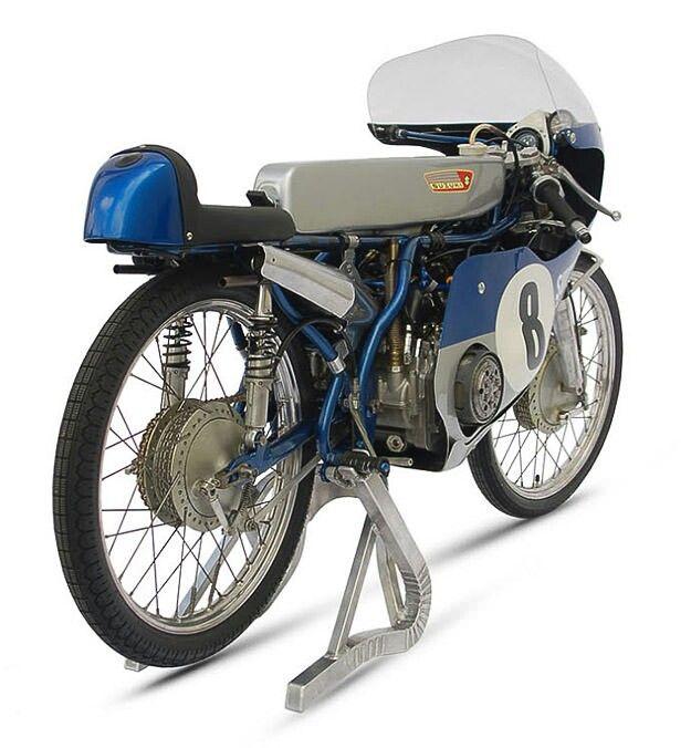 Just fantastic Suzuki RK67-4 GP 50cc