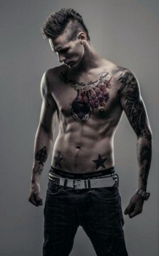 Ragazzi tatuati: i più affascinanti della rete