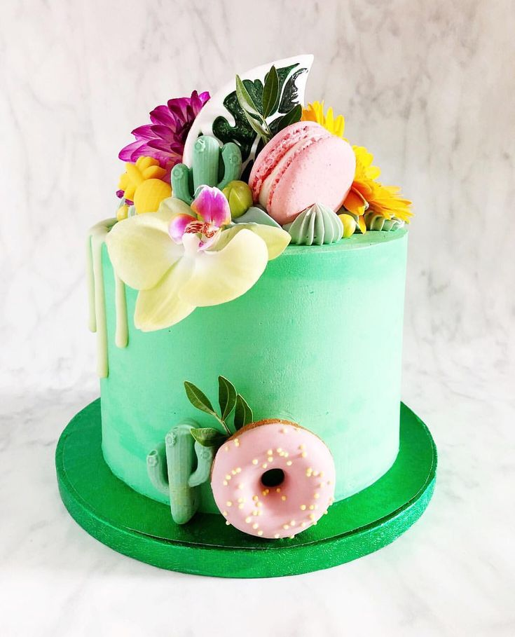 A tropical dream cake that feels right at home in this heat wave we're having!…