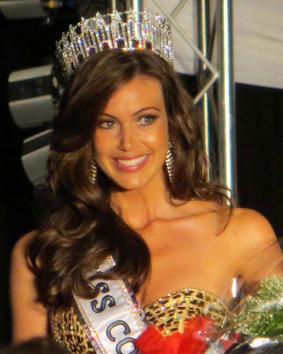 Miss Connecticut USA 2013 Erin Brady