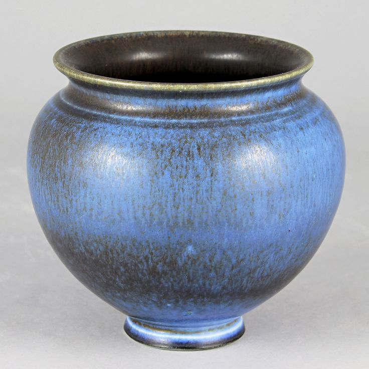 Berndt Friberg (1940s) Unique Midnight Blue Haresfur Vase