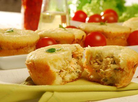Dica #SEARA para fazer no fim de semana: Bolo Recheado com Frango #recipes #SEARA #chicken #cake #frango #food #receitas