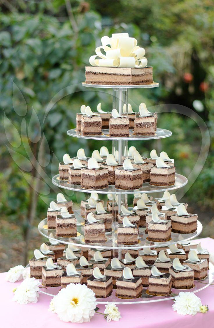 #mousse #BunBun #chocolate #chocolatemousse #cream #good #cake #deco #candybar #wedding #tastelikeheaven #love #cakeideas #weddingthemes