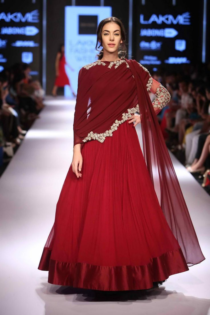Lakmé Fashion Week – RIDHI MEHRA AT LFW WF 2015