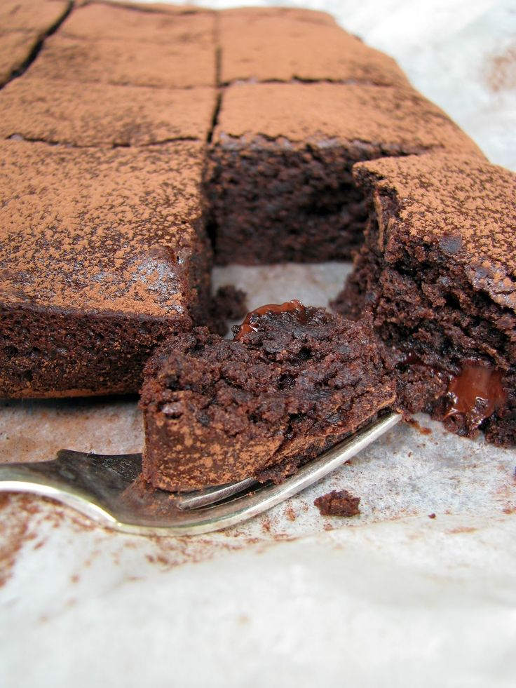 these were delicous: my darling lemon thyme: gluten & dairy-free black bean chocolate brownie recipe