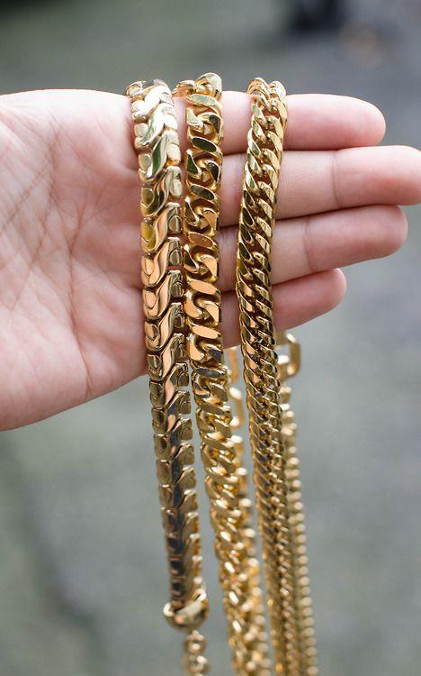 gold chains #mybetsonBetts