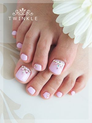 Bridal Shower. White, Blush, and Pink. Makeup. Manicure, Pedicure, Nails. Cute but my feet would not look this good lol