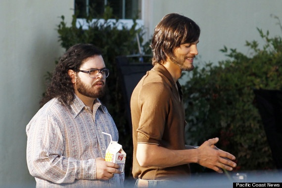 Ashton Kutcher Sets to Work on the Role of Steve Jobs, via @HuffingtonPost