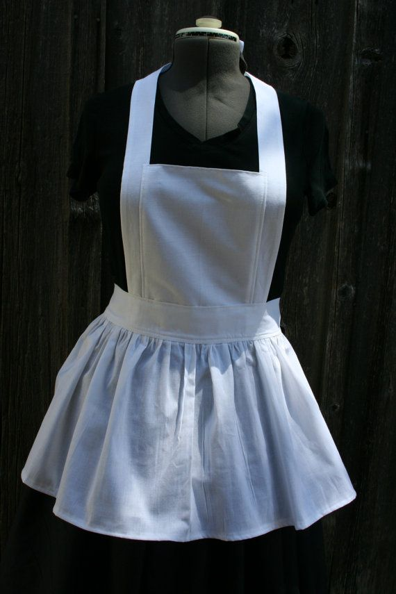 Ladies Bib Apron Short Version by heartsandhome on Etsy***Ordered this one also....because it is short.  Ordered it in cream color.....