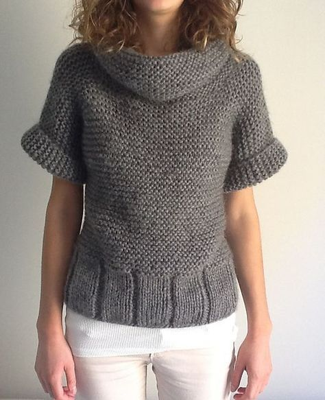 Joli pull tout simple type loose à manches courtes et grand col - Ravelry: Pull #059-T11-243 pattern by Phildar Design Team