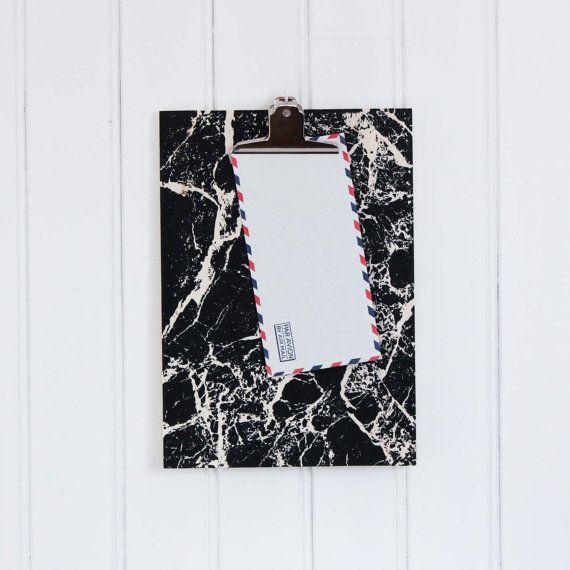 Clipboard marble // wood light raw black screenprint