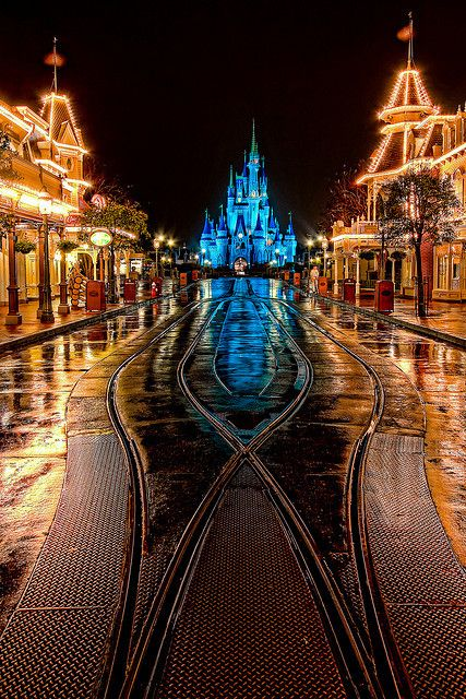 The Cinderella Castle at the end of Main Street USA at night - everything look so pretty when it's lit up!