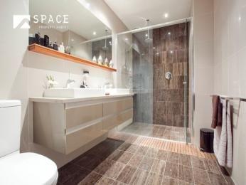 Ceramic In A Bathroom Design From An Australian Home   Bathroom Photo 360647