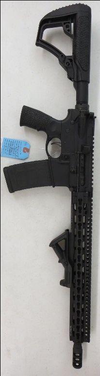 Used Daniel Defense DDM4 V11 AR-15 5.56/.223 $1250 - http://www.gungrove.com/used-daniel-defense-ddm4-v11-ar-15-5-56-223-1250/
