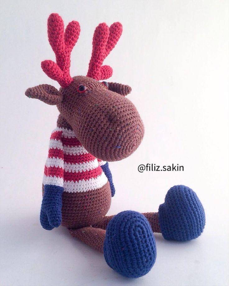 "249 Beğenme, 8 Yorum - Instagram'da Filiz Sakin (@filiz.sakin): ""Ve geyik Bodrum'a tatile gider... #amigurumi #amigurumidoll #amigurumilove #virkning #10marifet…"""