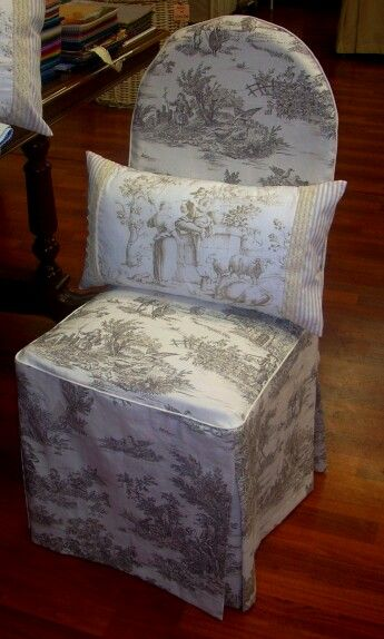 La sedia rivestita in toile de jouy