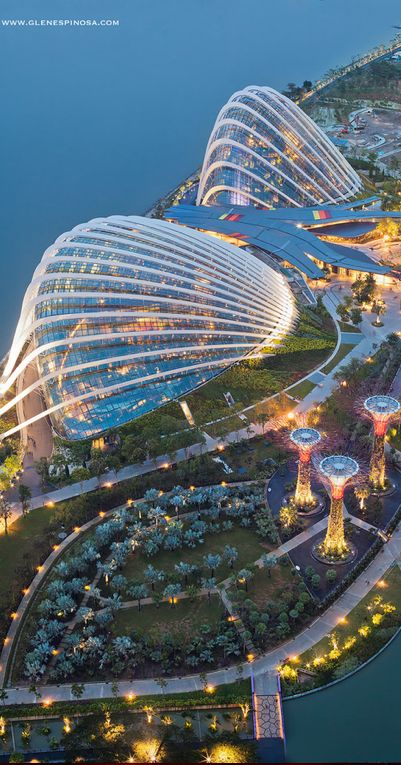 """Gardens by the Bay"" in Singapore ~ Gardens by the Bay is a park spanning 101 hectares of reclaimed land in central Singapore, adjacent to the Marina Reservoir • Glen Espinosa on 500px ☛ http://500px.com/photo/16601023 ☛ http://www.gardensbythebay.com.sg/en/home.html"