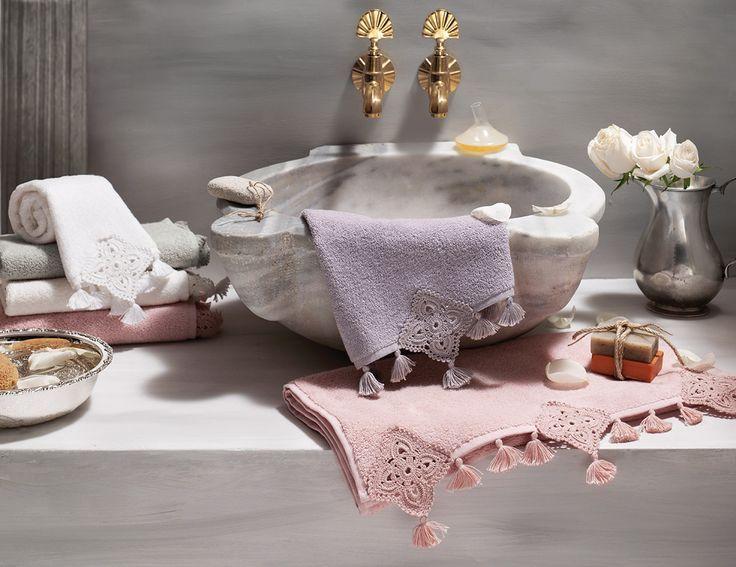 toalhas de casa de banho