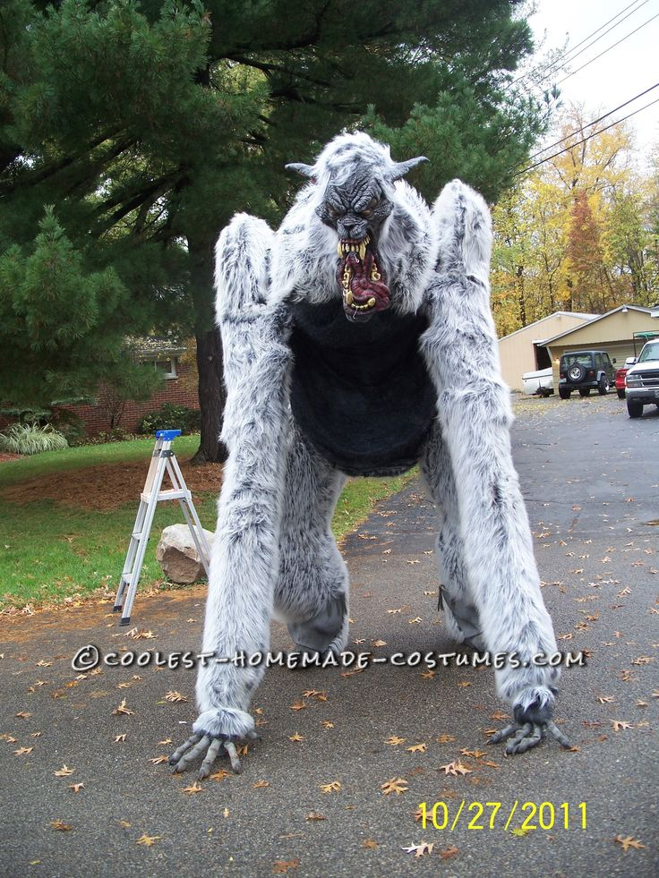 giant homemade werewolf costume on stilts - Wolf Costume Halloween