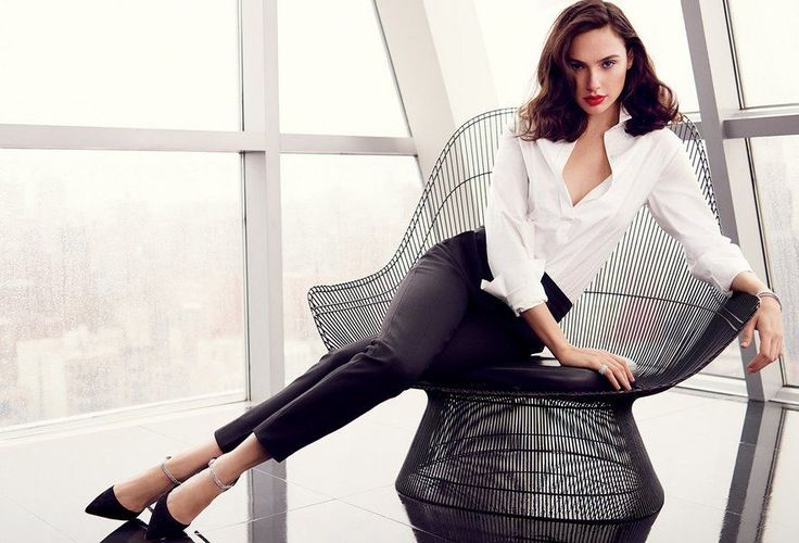 Gal Gadot - she's so classy, cute and sexy! *.* She's... Wonder Woman ^^