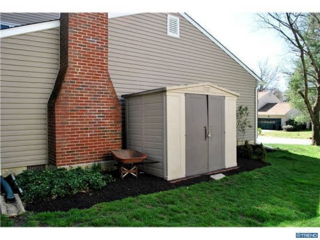 25 best ideas about outside storage shed on pinterest for Side storage shed
