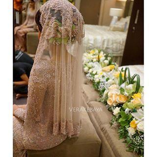 Instagram photo by verakebaya - #veil #weddingdress #weddinggown #kebaya #pengantin #akadnikah #lace #beads #swarovski