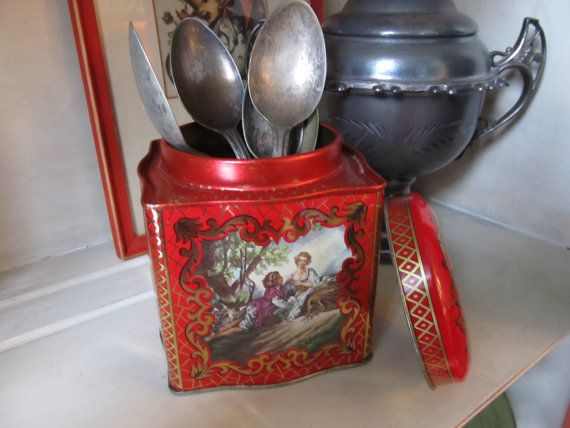Italiaanse Florentijnse goud & rode tinnen doos door VintageVivant