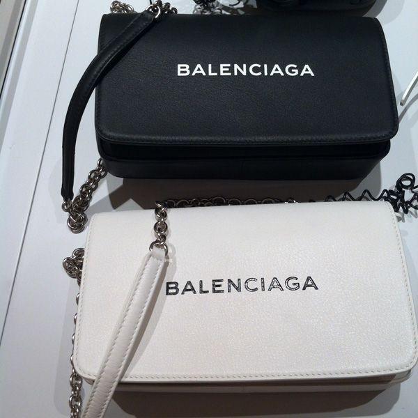 BALENCIAGA バレンシアガ スーパーコピー ショルダーバッグ
