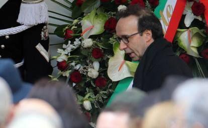 Umberto Eco, i funerali a MilanoLe autorità e il mondo della cultura