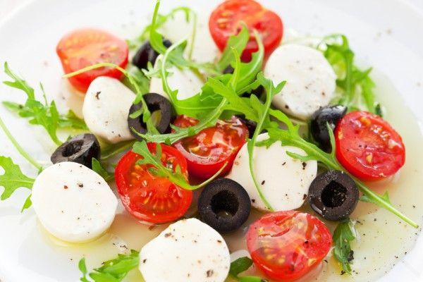 Отчаянные домохозяйки: Легкий итальянский салат с черри