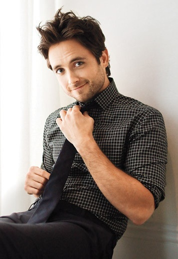 Justin Chatwin - Steve or Jimmy from shameless @Emily DeCarlo EVEN BETTER.