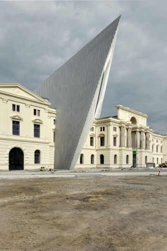 Dresden's Military History Museum / Daniel Libeskind