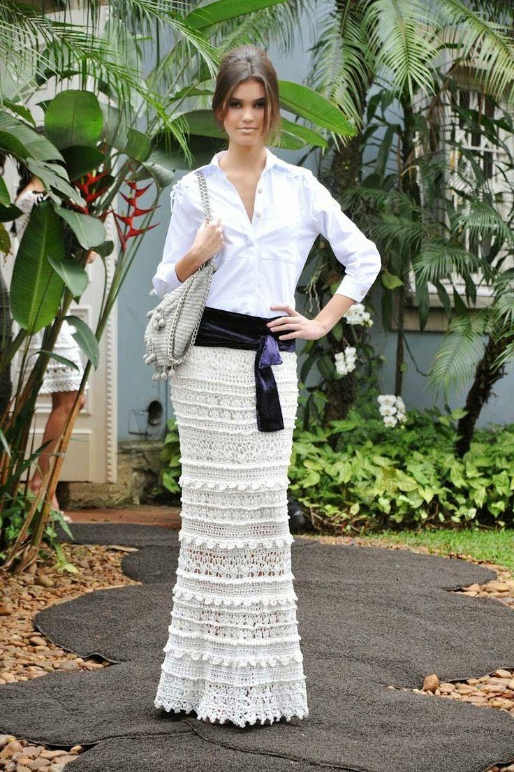 crochelinhasagulhas: Saia branca em crochê by Vanessa Montoro