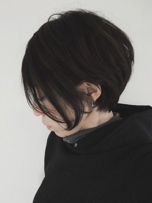 子供っぽいなんて言わせない!ショートヘアは黒髪がかっこいい|MERY [メリー]